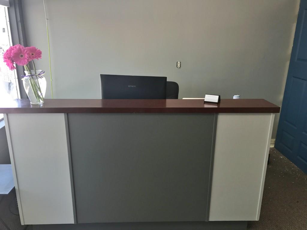 Front desk!